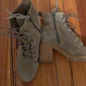 Dolce Vita heeled boots